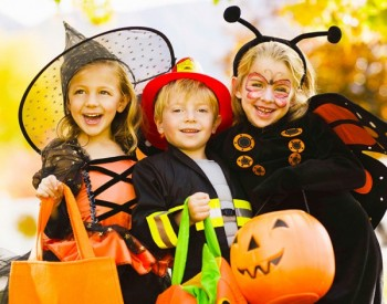 Safe ways to trick-or-treat