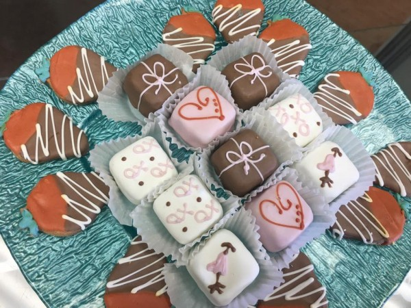 V-Day Treats from Salty Paws Healthy Pet Market!
